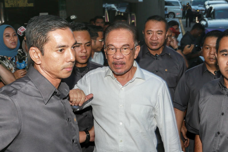 PKR president Datuk Seri Anwar Ibrahim has urged the government to loosen restrictions on NGOs and civil society bodies distributing food aid to the needy during the extended movement control order period. — Picture by Ahmad Zamzahuri