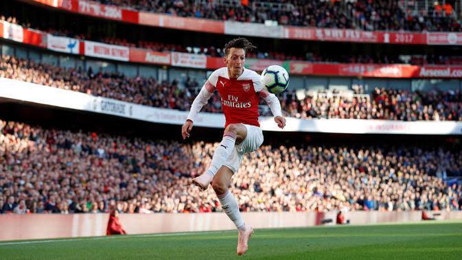 Mesut Ozil (Arsenal). (AFP/ Adrian Dennis)