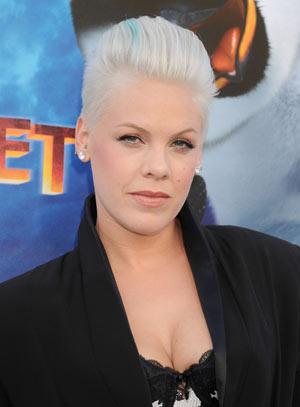 Pink outshines Paltrow in sex addiction film 'Thanks for Sharing'