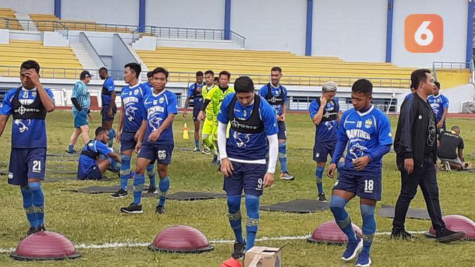Mario Jardel mendapat perpanjangan kontrak oleh Persib Bandung hingga 2021. (Bola.com/Erwin Snaz)