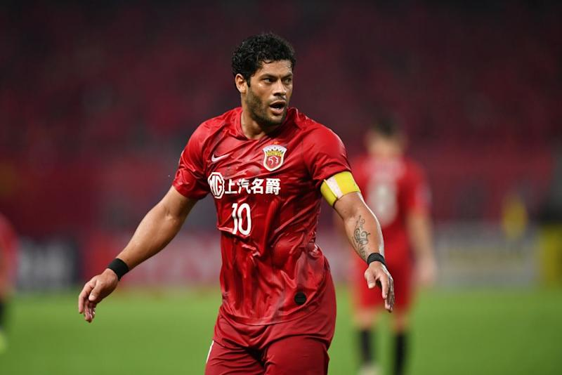 Shanghai SIPG's Hulk gestures in the match against Urawa Red Diamonds's. (HECTOR RETAMAL/AFP/Getty Images)