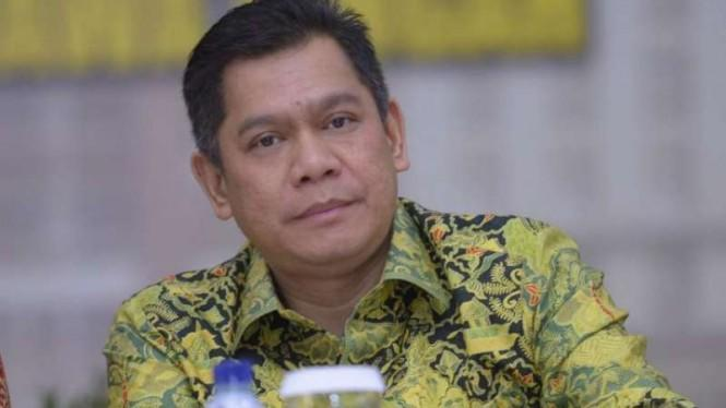 TNI-Polisi Solid Kawal Demo Omnibus Law, Komisi III DPR: Kompak