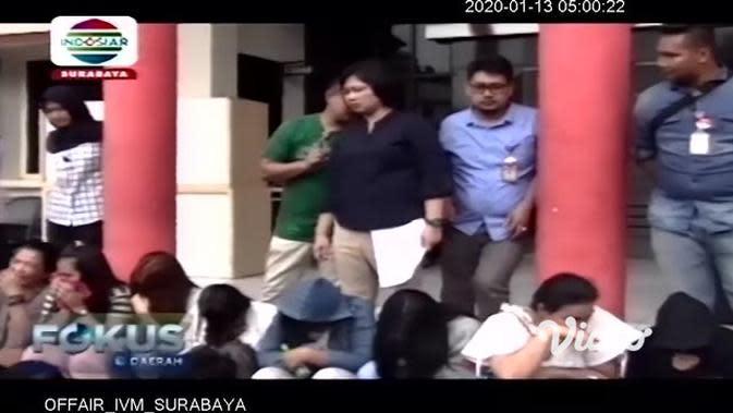 VIDEO: Polisi Ringkus 21 Orang Pelaku Prostitusi di Eks Lokalisasi Moroseneng Surabaya