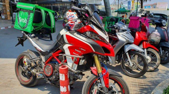 Ducati Multistrada 1200 untuk antar GrabFood