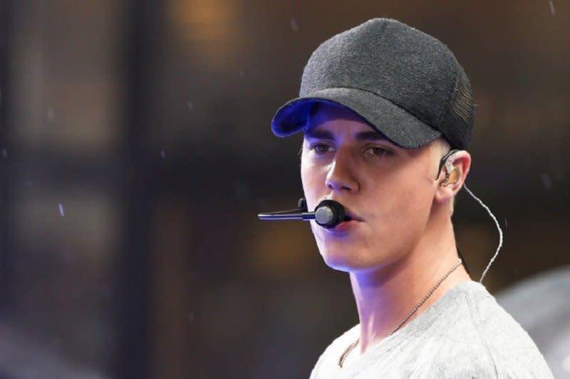 Justin Bieber tampil penuh emosi di SNL
