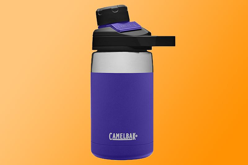 The Camelbak comes in ten shades and prints, ranging from brights to neutrals. (Photo: Amazon/Yahoo Lifestyle)