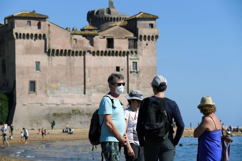 Italy's daily coronavirus death toll dips, new cases steady
