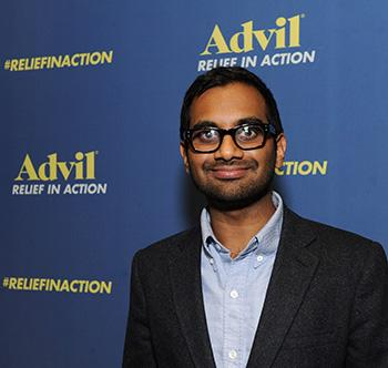 Aziz Ansari on the Outta This World 'Parks and Rec' Season Finale and Working With 'Most Photogenic Man Ever' Rob Lowe