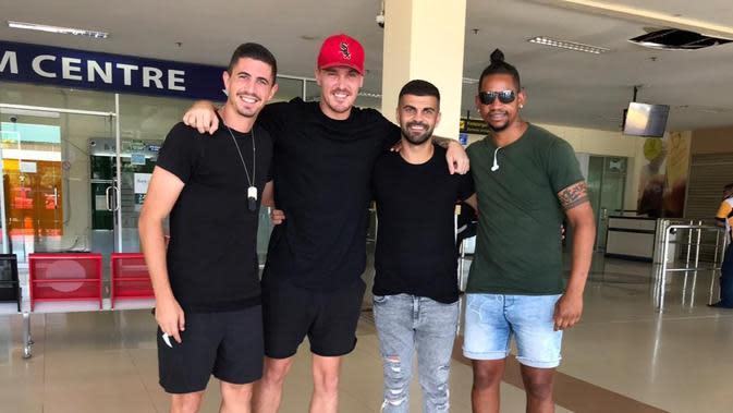 Pemain Persiraja, Vanderlei Fransisco akhirnya tiba di Indonesia. (Dok Persiraja)