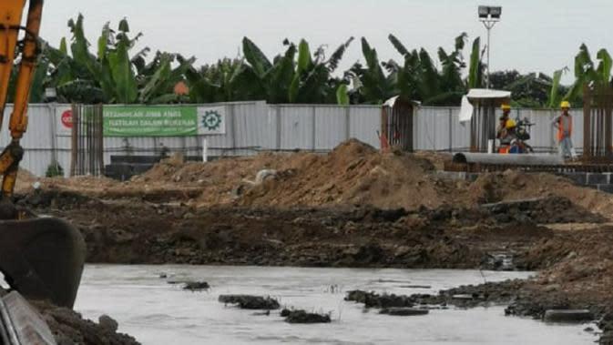 Lokasi kebocoran pipa PDAM Surya Sembada (Foto: Dok Pemkot Surabaya/Dian Kurniawan)