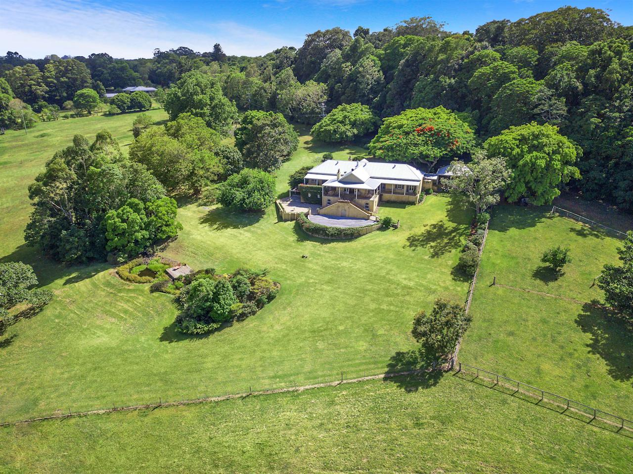 <p>Olivia Newton-John is selling her sprawling Byron Bay farm. Photo: Caters News/McGrath Real Estate </p>