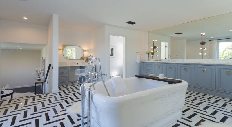 Photo credit: Homes.com/Sotheby's Eric Lavey