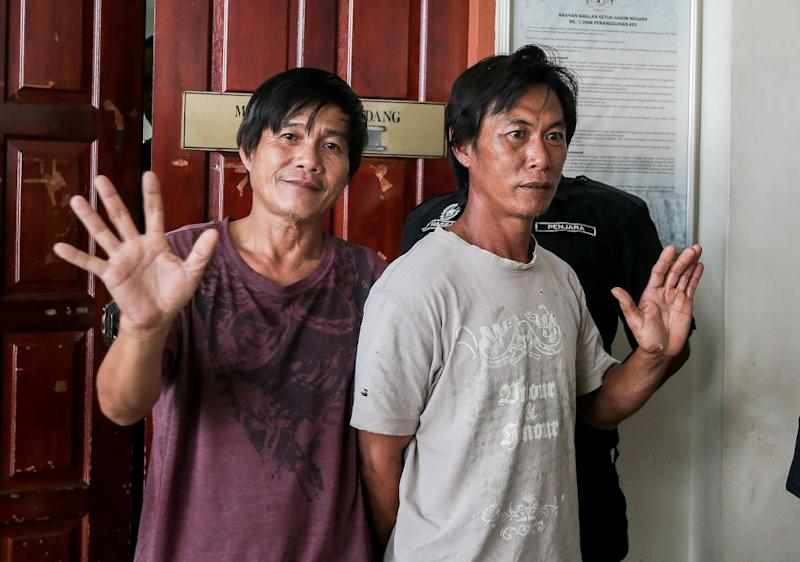 (From left) Chong Poh Wah and Chin Chee Wei are seen at the High Court in Taiping April 8, 2020. — Picture by Farhan Najib