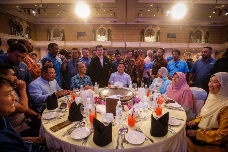 PKR deputy president Datuk Seri Azmin Ali (centre) attends the 'SPV 2030' dinner on December 8, 2019. — Picture by Hari Anggara