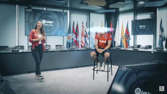 Wawancara pemain La Liga menggunakan teknologi hologram. (YouTube)