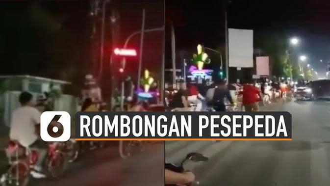 VIDEO: Viral Rombongan Pesepeda Langgar Rambu Lalu Lintas
