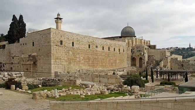 Masjid Al-Aqsa Dibuka Kembali Setelah Libur Idul Fitri