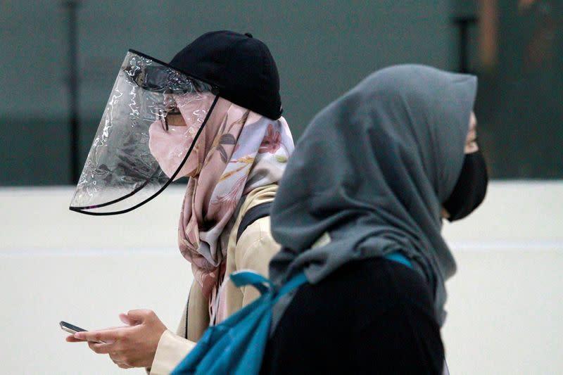 Jakarta putar lagi roda ekonomi saat infeksi virus corona meningkat