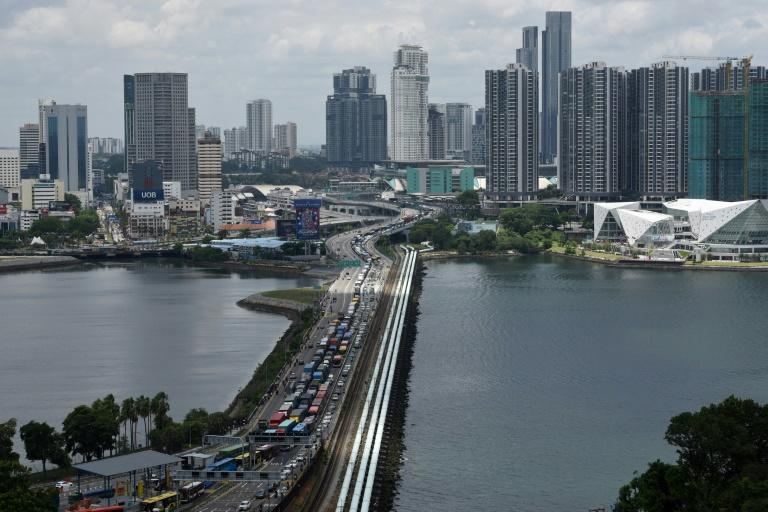 There was gridlock on the causeway between Malaysia and Singapore before the travel ban