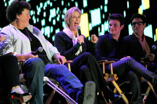 'Glee' dissed by Emmy voters