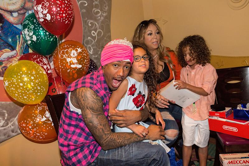 ANAHEIM, CA - APRIL 30: (L-R) Nick Cannon, Monroe Cannon, Mariah Carey, and Moroccan Cannon celebrate the twins birthday at Disneyland on April 30, 2017 in Anaheim, California. (Photo by FilmMagic/FilmMagic)
