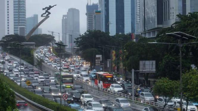 DPR Minta Percepat Revisi RUU Lalu Lintas, SIM Bisa Seumur Hidup