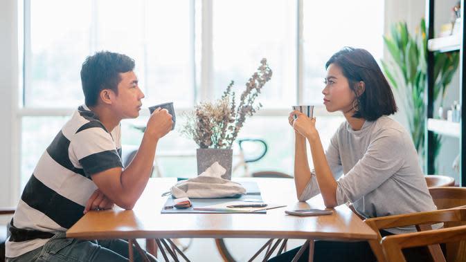 ilustrasi hubungan cinta/copyright By mentatdgt (Shutterstock)