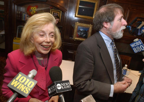 "FILE - In this Jan. 16, 2004 file photo, psychologist Dr. Joyce Brothers, left, and Bruce Spizer, author of ""The Beatles are Coming,"" are interviewed at a news conference in New York. Brothers died Monday, May 13, 2013, in New York City, according to publicist Sanford Brokaw. She was 85. (AP Photo/Richard Drew, File)"