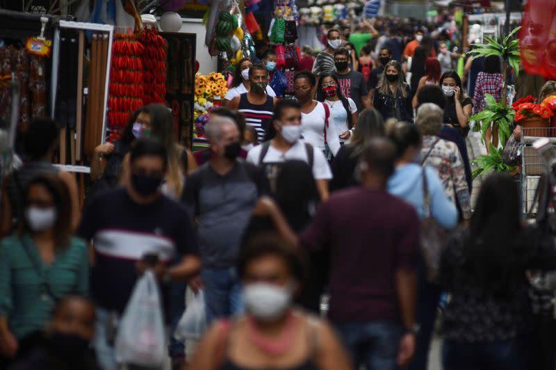 WHO calls for Brazil to better coordinate efforts against coronavirus