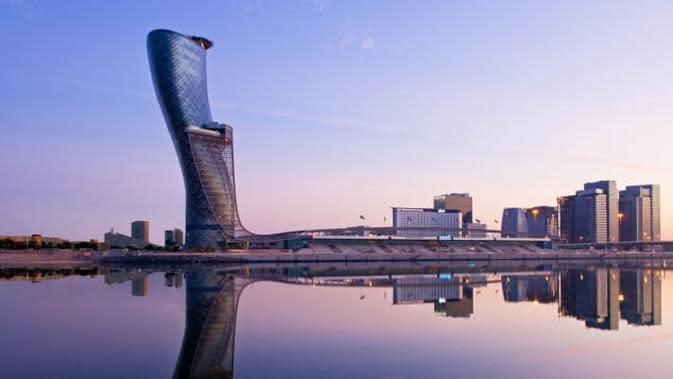 Capital Gate Abu Dhabi (Departemen Kebudayaan dan Pariwisata Abu Dhabi)