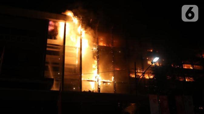 Api Melalap Pasar Sejumput Kotim, 26 Kios dan 6 Rumah Ludes Terbakar