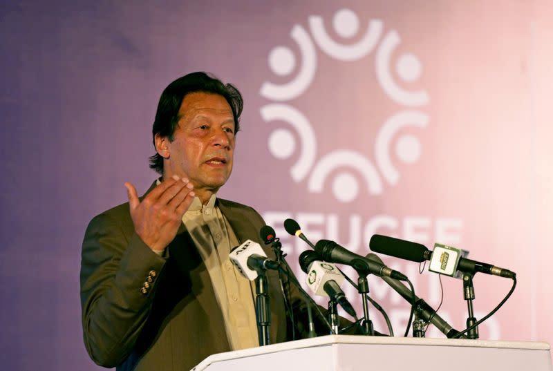 Perdana Menteri Pakistan dikecam karena mengatakan bin Laden 'mati syahid'