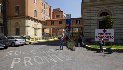 "A view of the emergency room (in Italian ""Pronto Soccorso"") entrance of the Policlinico Umberto I hospital, in Rome,Thursday June 20, 2013. Hospital officials said actor James Gandolfini, 51, died after suffering a cardiac arrest on Wednesday while vacationing in Rome. Claudio Modini, head of the emergency room of the hospital, said Gandolfini arrived at the hospital at 10:40 p.m. (2040 GMT, 4:40 p.m. EDT) Wednesday and was pronounced dead at 11 p.m. after resuscitation efforts in the ambulance and hospital failed. (AP Photo/Alessandra Tarantino)"