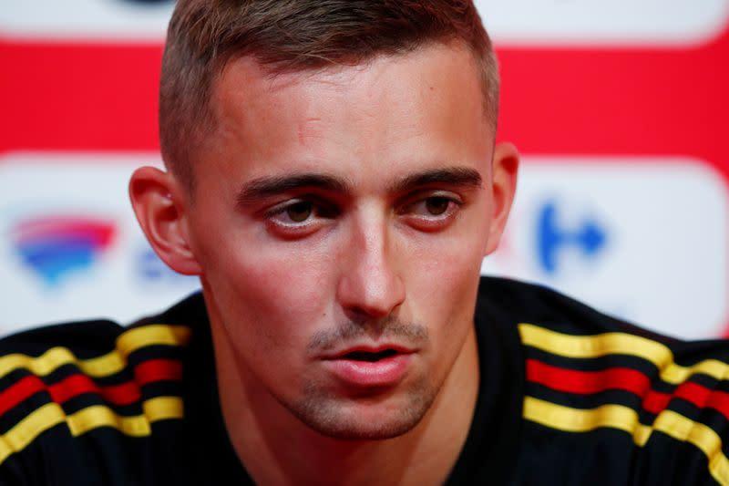 Leicester sign Belgian full back Castagne