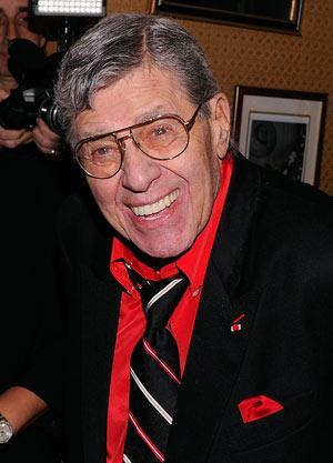 Comedian Jerry Lewis rushed to hospital