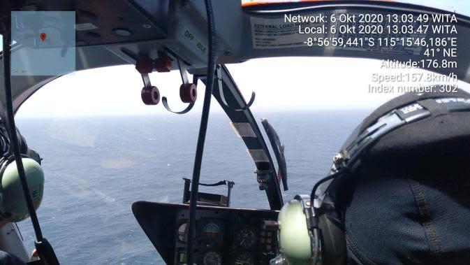 Basarnas Bali Terbangkan Helikopter Cari Kapal Ikan yang Hilang Kontak di Benoa