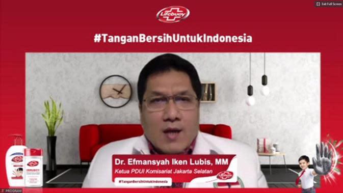 Ketua Perhimpunan Dokter Umum Indonesia (PDUI) Komisariat Jakarta Selatan, Dr. Efmansyah Iken Lubis saat Konferensi Pers Virtual #TanganBersihUntukIndonesia, Kamis, (15/10).