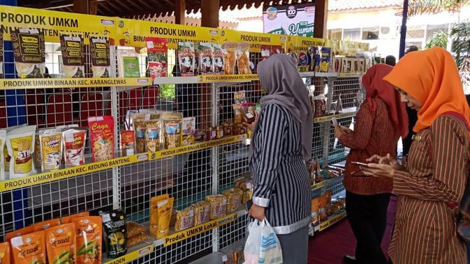 25 Produk UMKM di Banyumas memasuki toko retail modern. (Foto: Liputan6.com/Galoeh Widura)