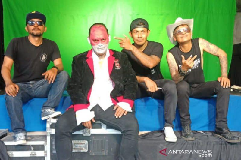 "Bareng Bobby Kool SID, musisi Bali rilis ""Garuda Patriot"""