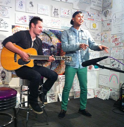 'Voice' Star Jamar Rogers Rocks At Yahoo!