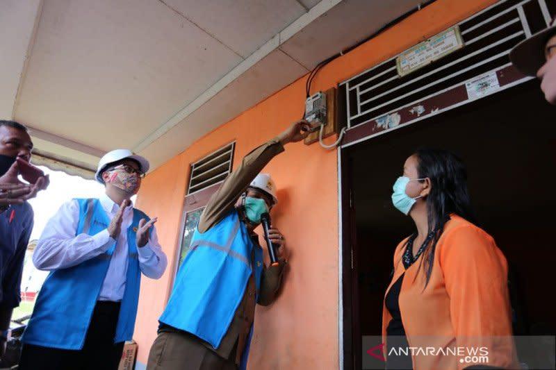 Kado HUT RI, 40 desa di Kalbar nikmati listrik