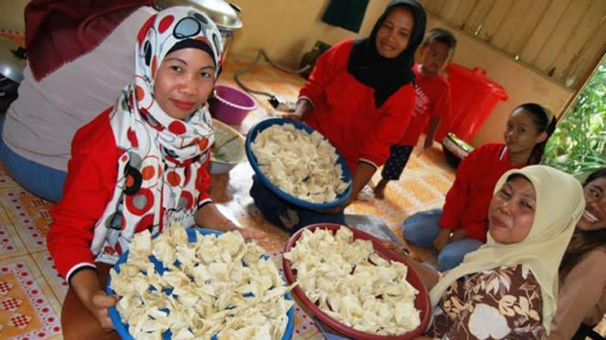 Kelompok usaha bersama ibu-ibu rumah tangga