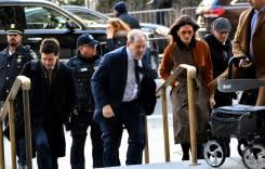 Jaksa penuntut Weinstein desak juri untuk hukum 'predator'