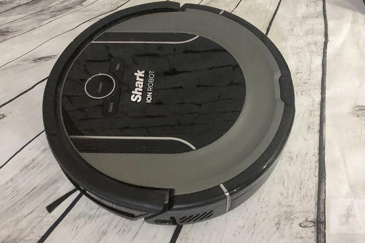 Shark ION Robot Vacuum Cleaning System S87 review