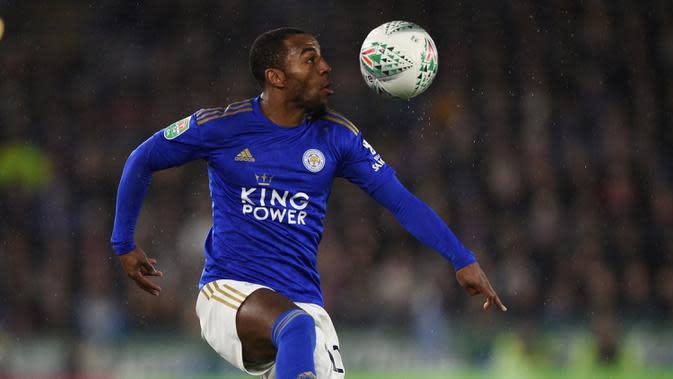 5. Ricardo Pereira - Ricardo Pereira memiliki kecepatan dan kemampuan umpan silang yang hebat. Bek kanan asal Portugal ini tercatat menyumbangkan empat gol dan tiga assist untuk Leicester City di semua kompetisi pada musim 2019-2020. (AFP/Oli Scarff)