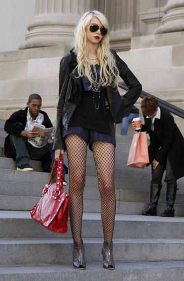 Gossip Girl Superlatives - Biggest trainwreck: Jenny Humphrey