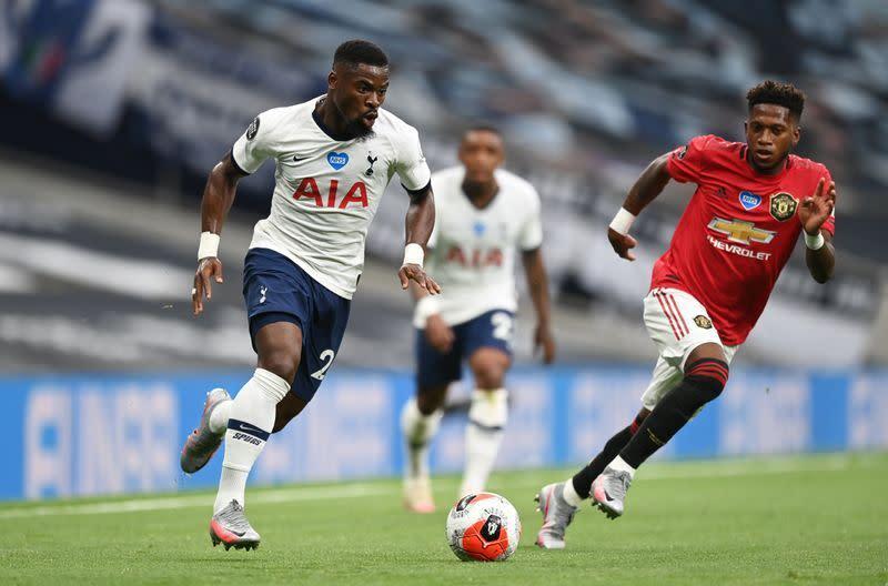 Penalti Fernandes ke gawang Tottenham hadiahkan satu poin untuk United