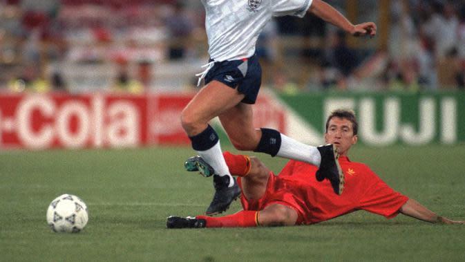 Foto gelandang Timnas Inggris Paul Gascoigne di Piala Dunia 1990. Inggris pernah gagal tampil di Piala Dunia 1994. (AFP / STAFF)