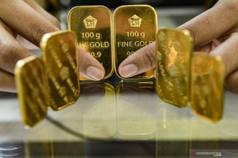 Harga emas naik 4,4 dolar, ditopang kejatuhan ekuitas dan dolar AS