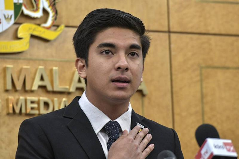 Youth and Sports Minister Syed Saddiq Syed Abdul Rahman speaks during a press conference at Parliament in Kuala Lumpur October 29, 2019. ― Picture by Shafwan Zaidon
